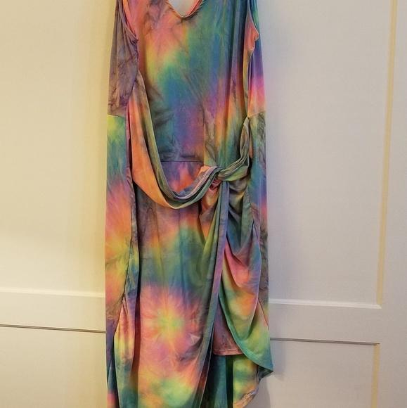 Plus size bright tie dye dress - stretchy